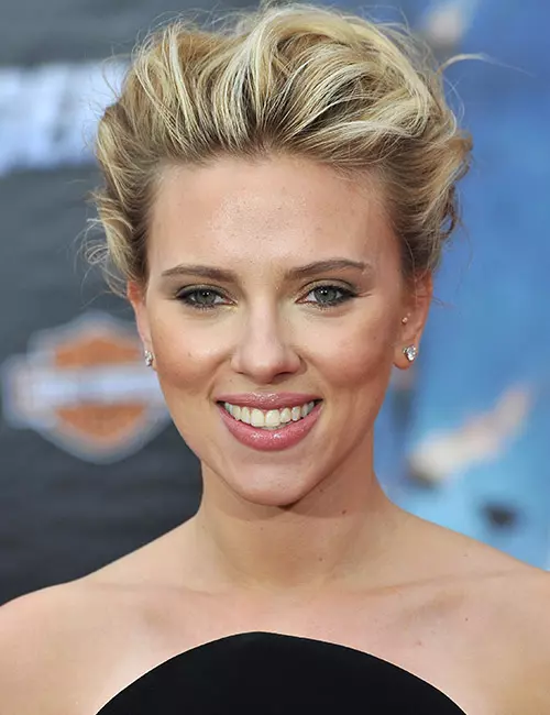 20 Beautiful Scarlett Johansson Hairstyles You Need To Check Out Top Fashion News